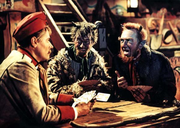 411f5331a48 Hrátky s čertem  Josef Bek jako Martin Kabát s dvěma čerty v podání  Stanislava Naumanna