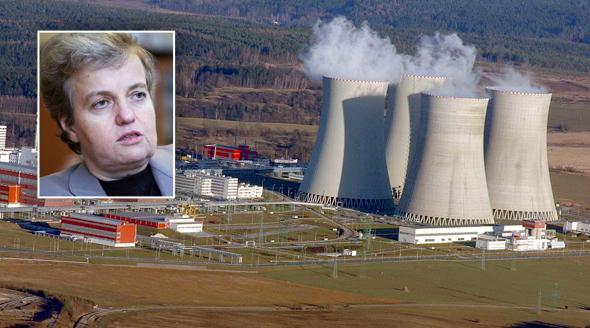 Pochybení v kontrolách v jaderných elektrárnách se týkají nejen Dukovan, ale i Temelína.