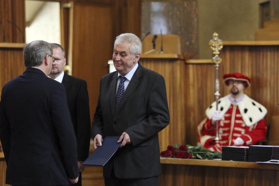 Prezident Miloš Zeman na ceremoniálu jmenování profesorů v Karolinu v roce 2013