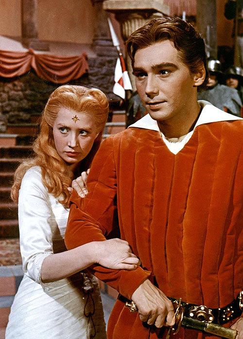 Marie Kyselková a Josef Zíma jako Lada a Radovan v pohádce Princezna se zlatou hvězdou.