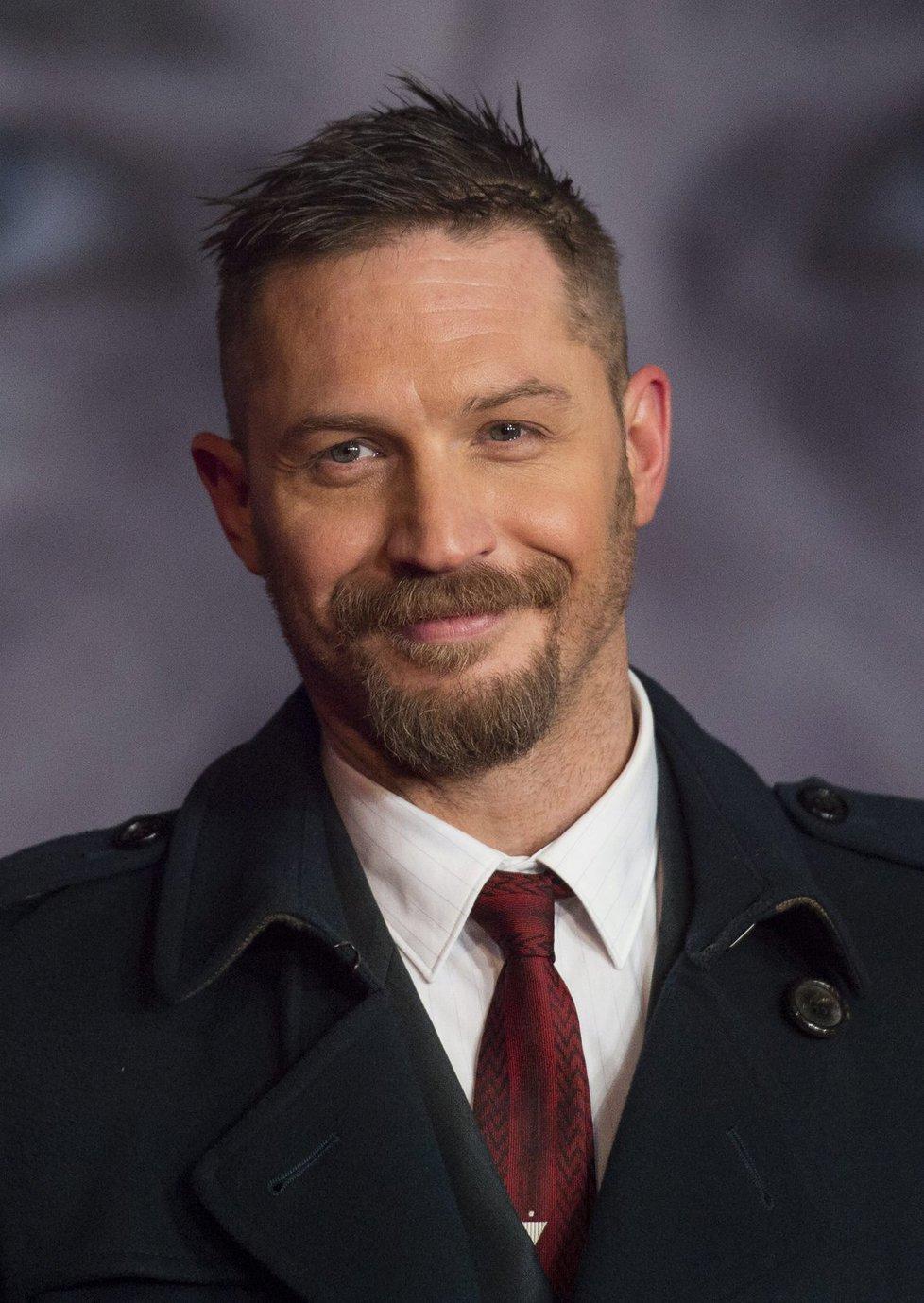 Tom Hardy exceloval ve filmu Šílený Max: Zběsilá cesta, ale na Oscara byl nominován za vedlejší roli ve filmu Revenant: Zmrtvýchvstání.