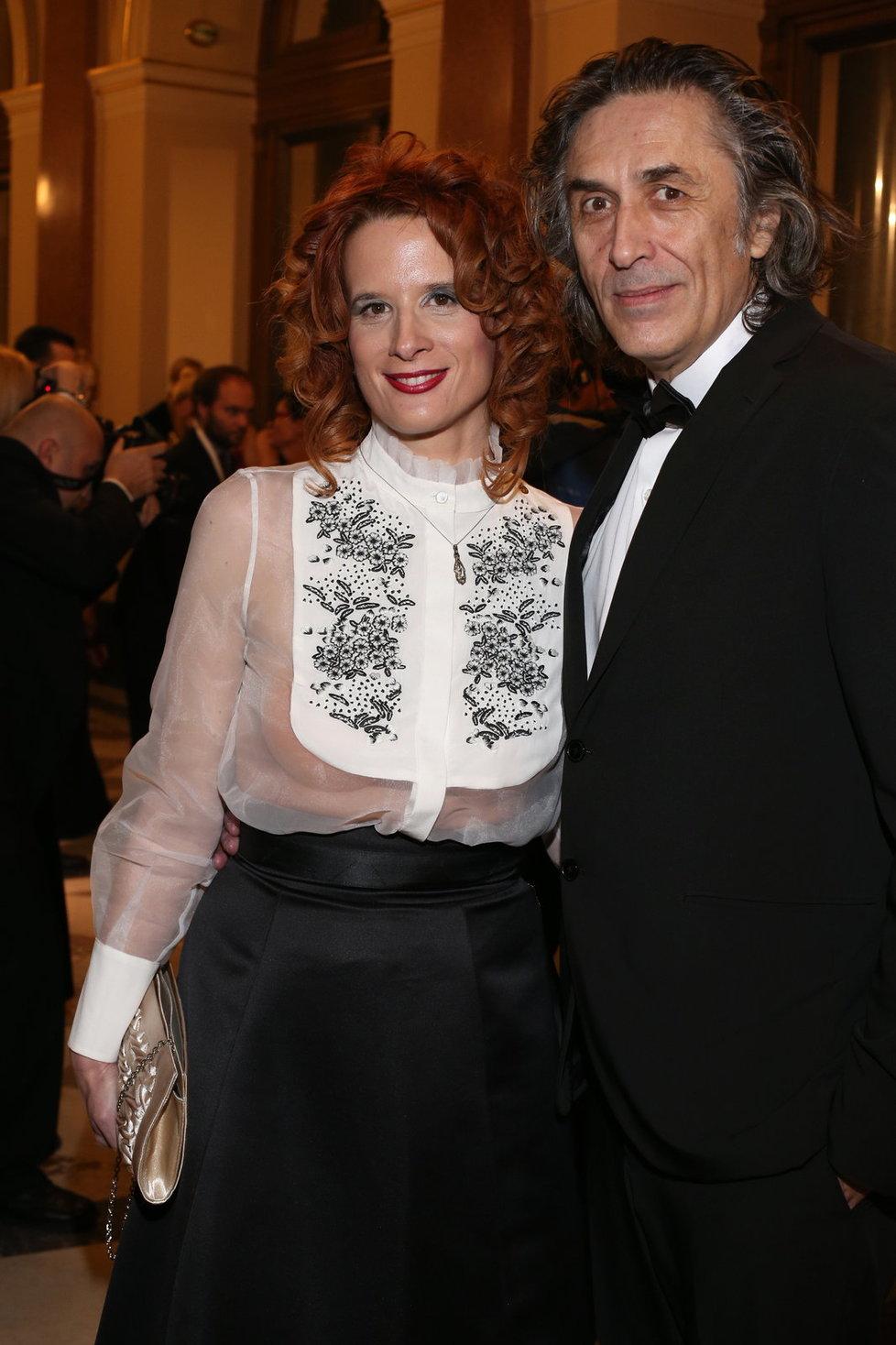 Srbský herec Predrag Bjelac s partnerkou