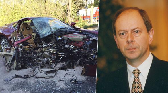 Nehodu českého expremiéra Josefa Tošovského rozebrali na fóru Reddit milovníci rychlých vozů.