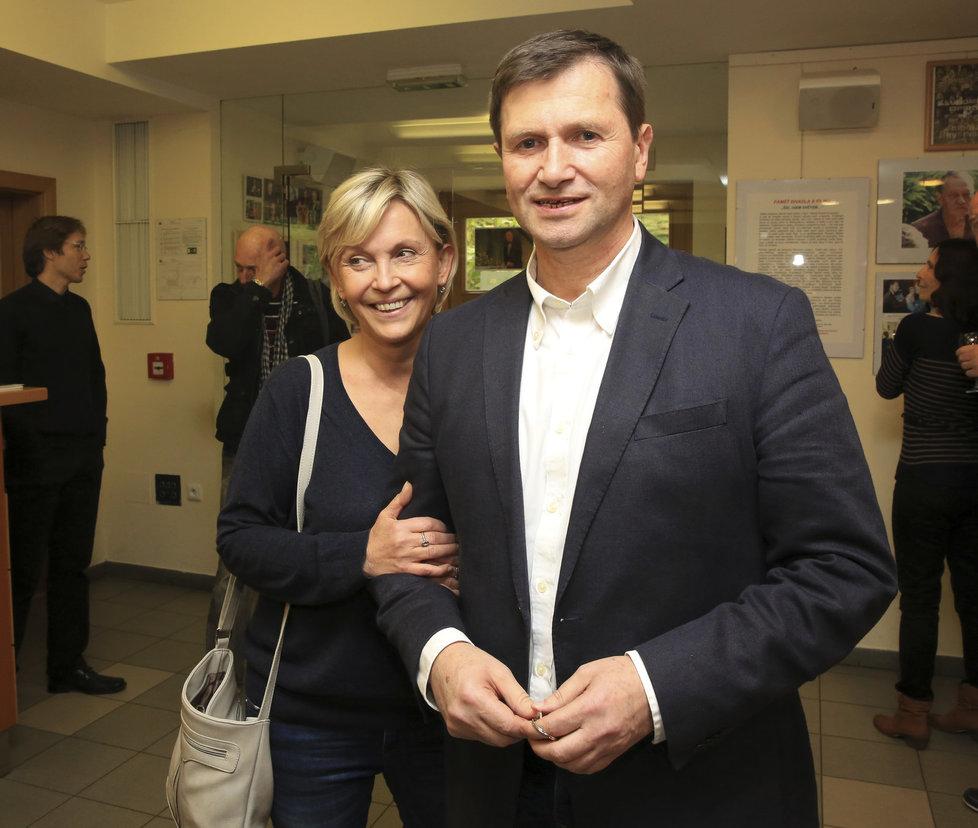 Miluše Šplechtová a Jan Hrušínský odcestovali za dcerou do Ameriky.