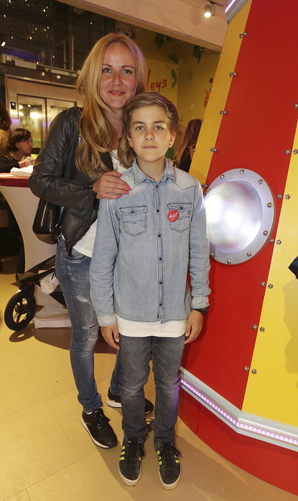 Vendula Svobodová se synem Jakubem