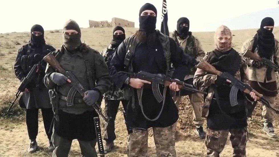 Bojovníci Islámského státu zabrali území v Iráku a Sýrii.