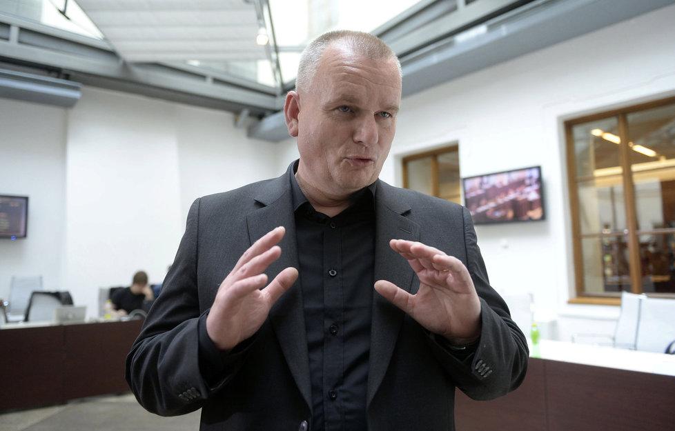 Poslanec a ředitel Městské policie v Mostě Bronislav Schwarz (za ANO).
