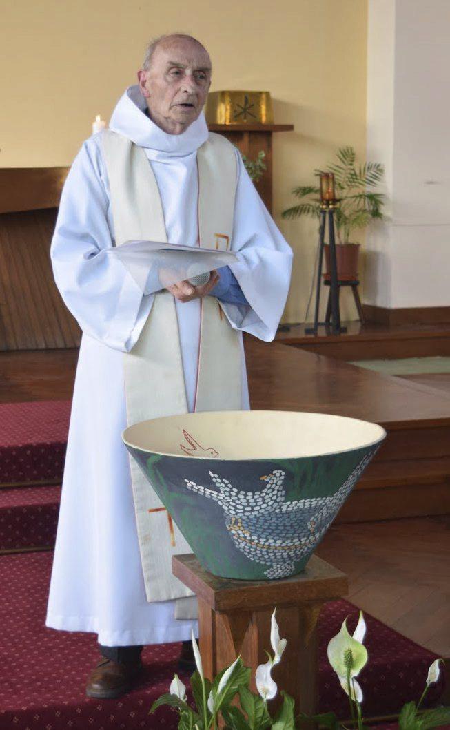 V kostele Saint-Etienne-du-Rouvray byl brutálně zavražděn kněz Jacques Hamel.