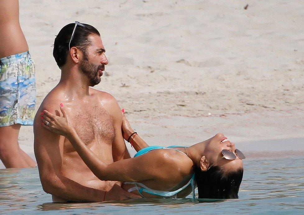 Eva Longoria s manželem na dovolené na ostrově Formentera