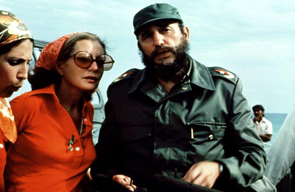 Fidel Castro s novinářkou Barbarou Waltersovou v roce 1970