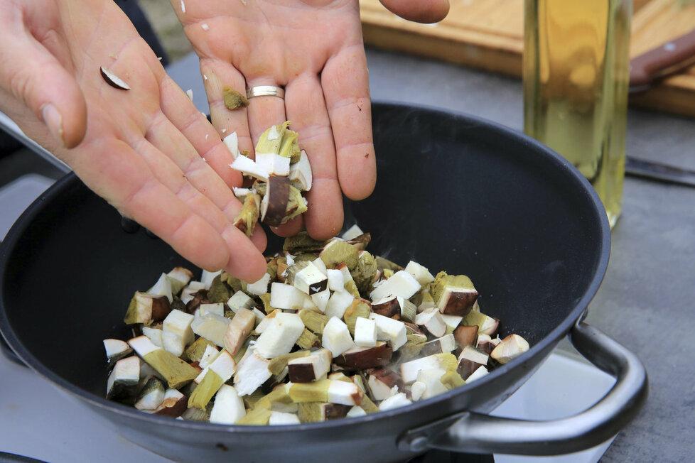 Zapečené těstoviny s houbami (ilustrační foto)