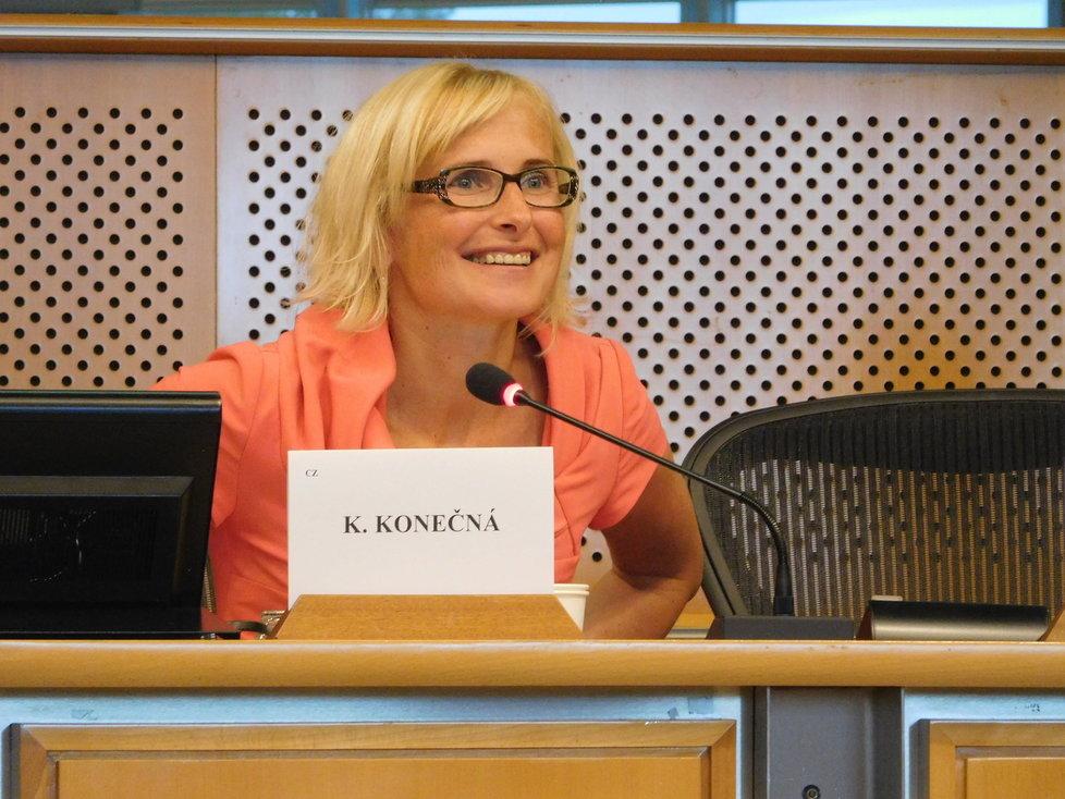Palmový olej řešili i v Bruselu: Europoslankyně Kateřina Konečná.