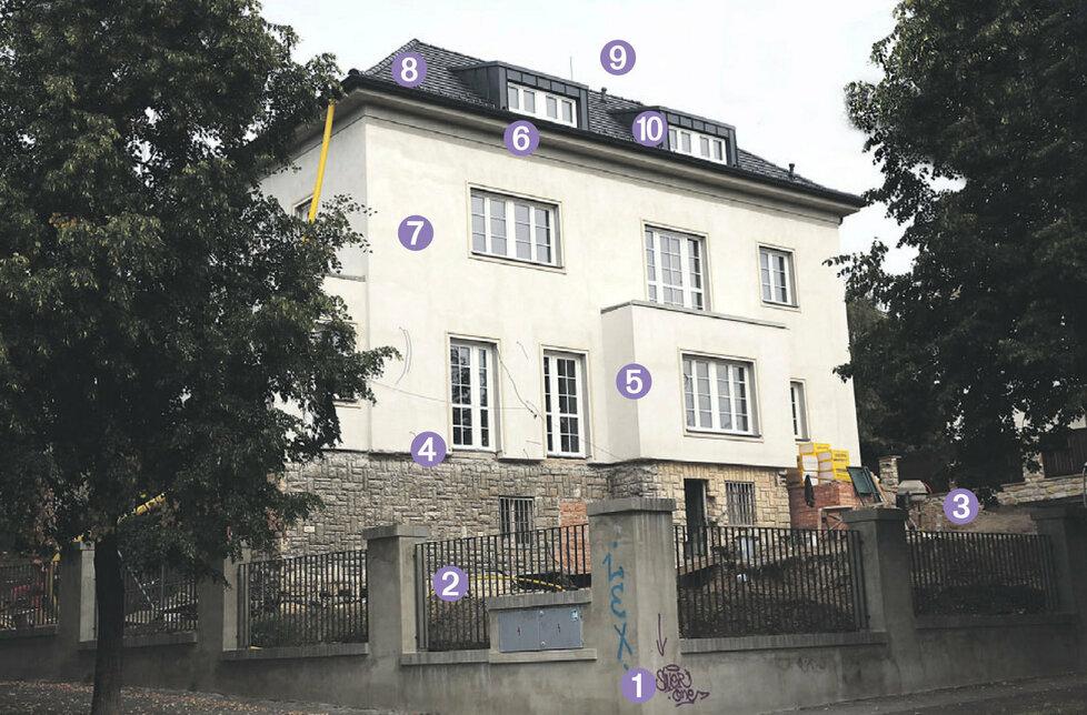 Najděte 10 rozdílů: Co se od původního stavu Mynářovy vily na domu změnilo?