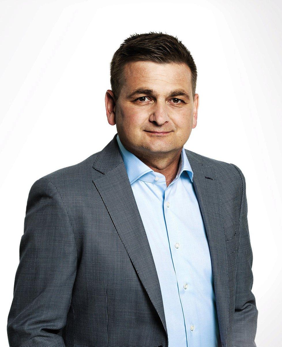 Bělobrádka vyzve Martin Červíček, který za lidoveckým předsedou zaostal jen o několik desítek hlasů.