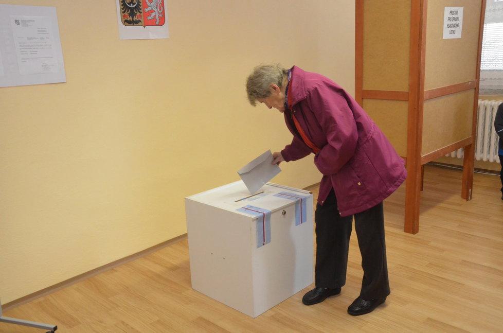 Krajské volby: V Luboměři pod Strážnou (Olomoucký kraj) volili občané poprvé v historii kraje