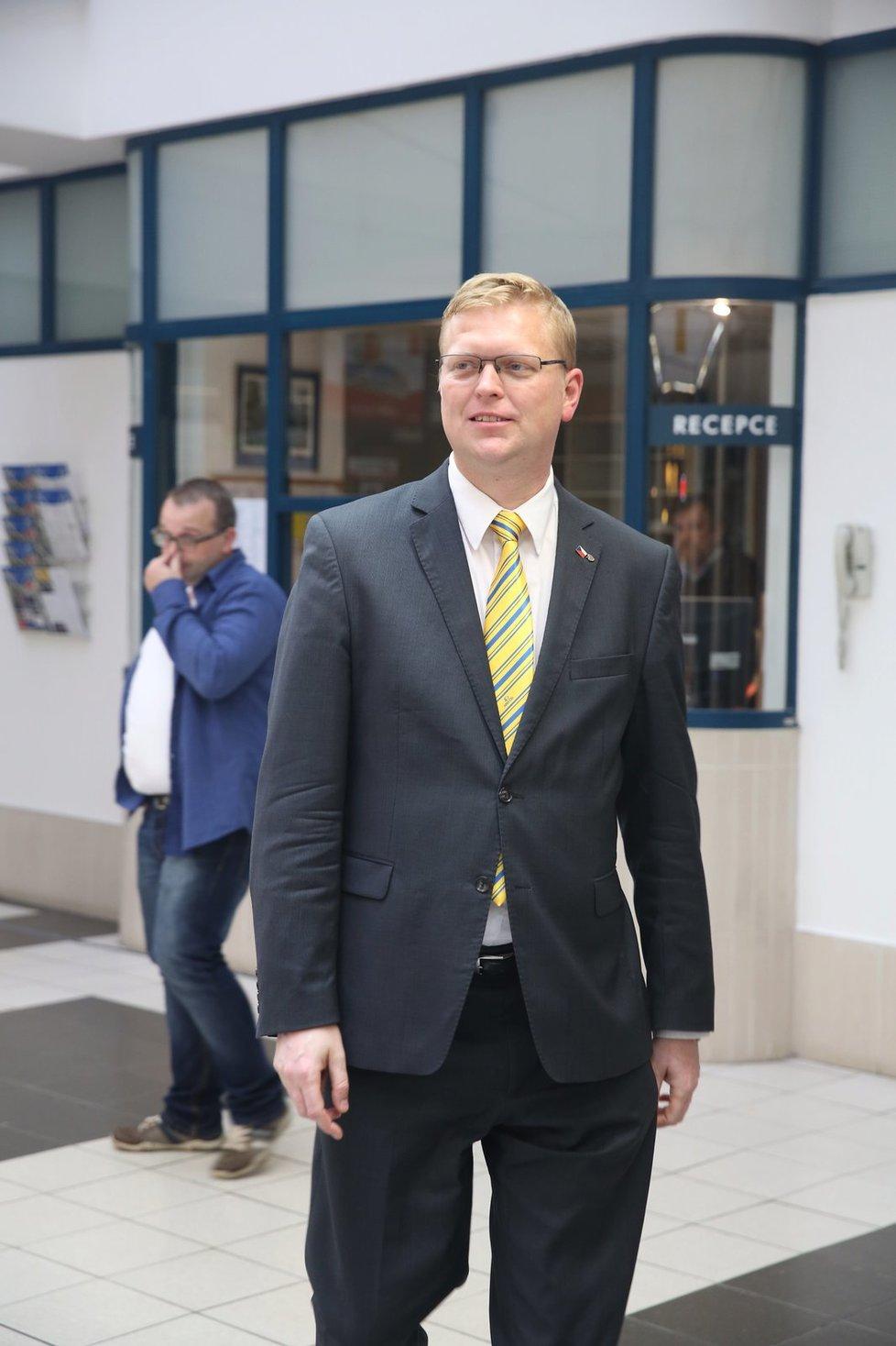 Pavel Bělobrádek ve volebním štábu lidovců