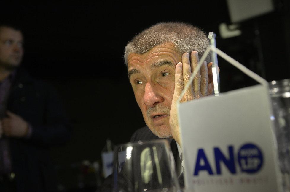 Vicepremiér Andrej Babiš ve volebním štábu hnutí ANO