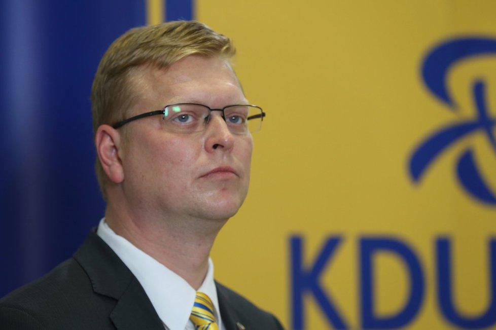 Krajské volby 2016: Pavel Bělobrádek ve štábu KDU-ČSL