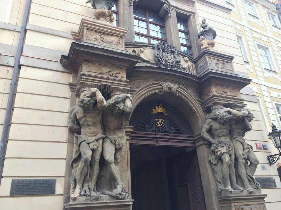Mozart koncertoval také v Clam-Gallasově paláci.