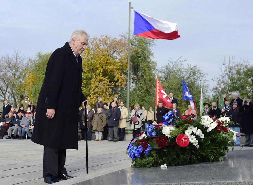 Tradiční pietní akt na pražském Vítkově za účasti Zemana a předsedů parlamentu a vlády zahájil oslavy výročí vzniku Československa před 98 lety.