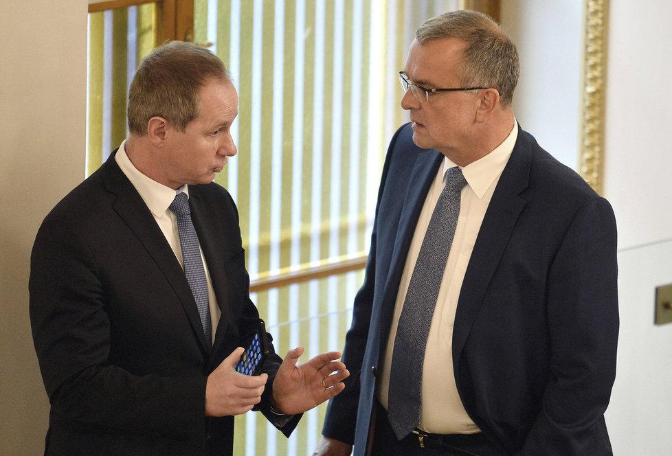 Předsedové Miroslav Kalousek (TOP 09) a Petr Gazdík (STAN). Bude se muset Gazdík poroučet z vedení Sněmovny?