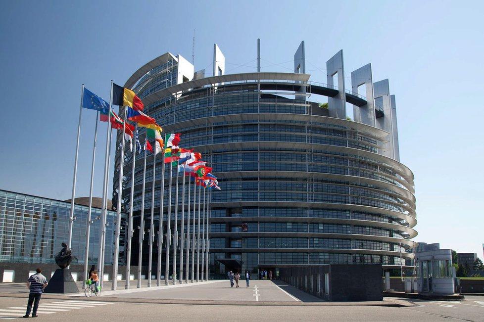 Evropský parlament - budova ve Štrasburku.