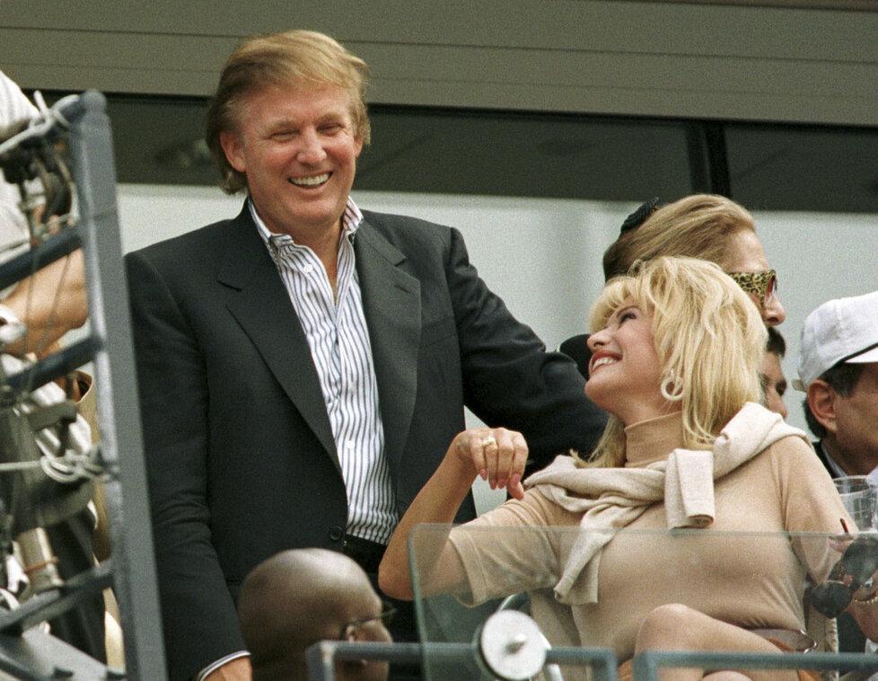 Ivana a Donald Trumpovi na archivní fotografii