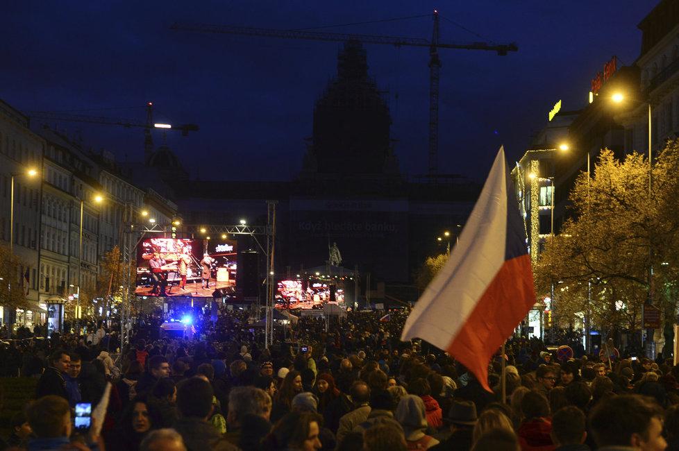 Demontrace na Václavském náměstí 17. listopadu 2016