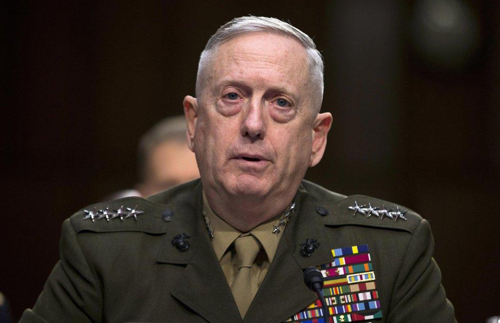 Nový americký ministr obrany James Mattis přezdívaný Šílený pes nebo Válečnický mnich