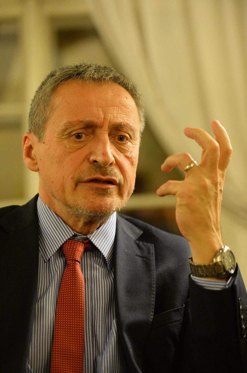 Ministr obrany Martin Stropnický v rozhovoru pro Blesk