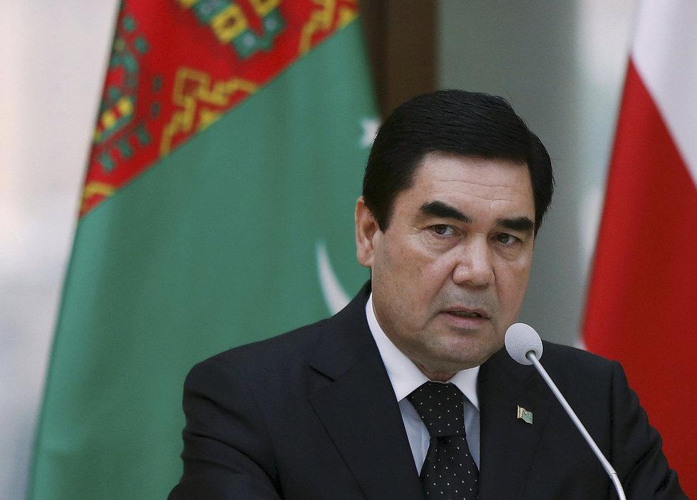 Při prezidentských volbách v Turkmenistánu potřetí zvítězil Gurbanguli Berdymuhamedov.