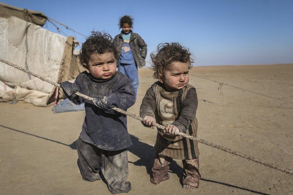 """V Sýrii vyrůstá """"ztracená generace"""" dětí traumatizovaných hrůzami války."""