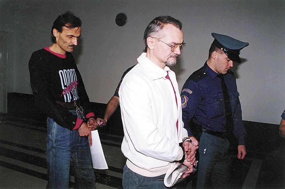 Kott a Kutílek zabili čtyři lidi.
