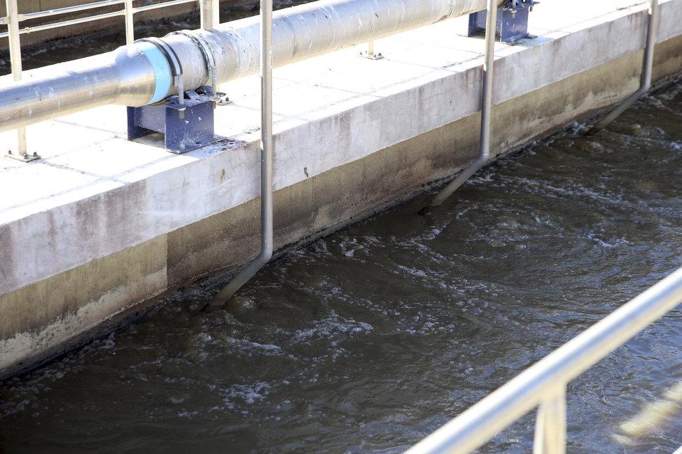 Čistírna v rekonstrukci Ústřední čistírna odpadních vod na Císařském ostrově v Praze je největší v republice a prochází nyní rekonstrukcí.
