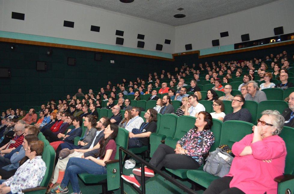 Zrušili promítání filmu o Babišovi v Sokolově