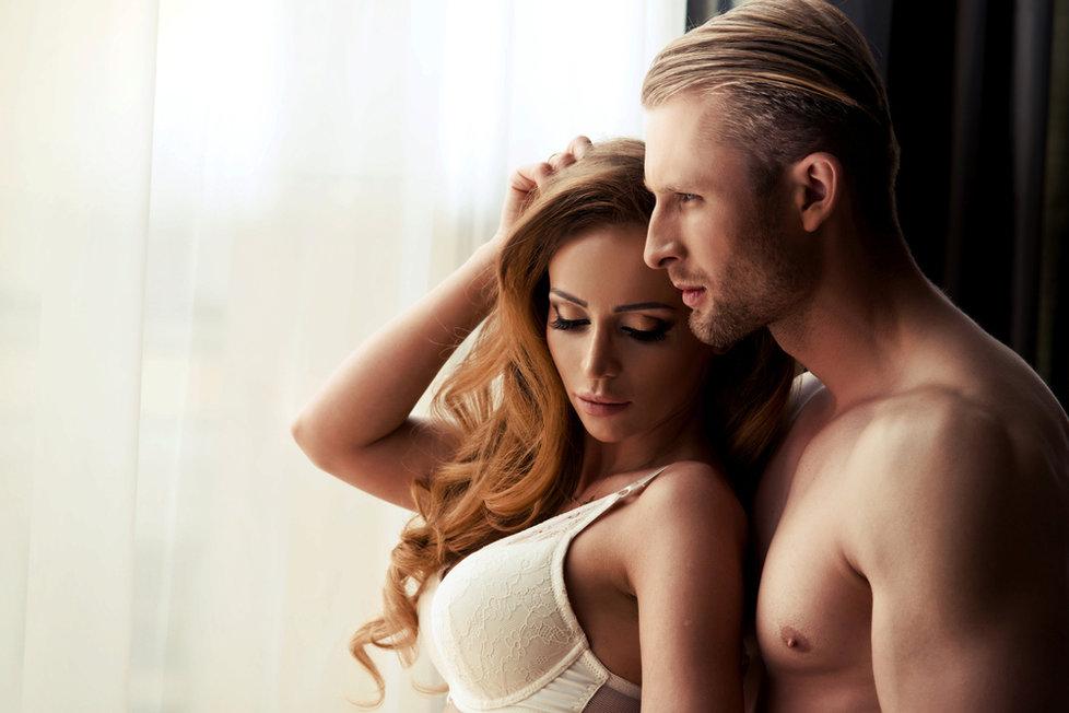 Amatérské přítelkyně porno obrázky