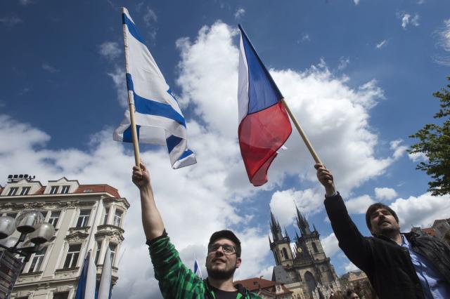 Prahou prošel pochod, který připomínal hrůzy druhé světové války.