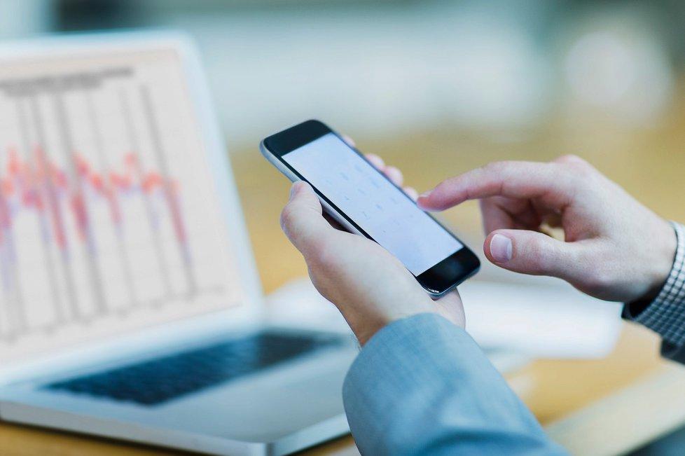 EET se bude týkat i předplacených mobilních karet.