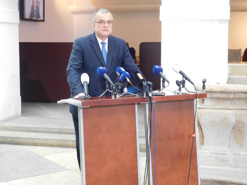 Miroslav Kalousek na tiskovce ve Sněmovně ke korunovým dluhopisům - kauze Andreje Babiše