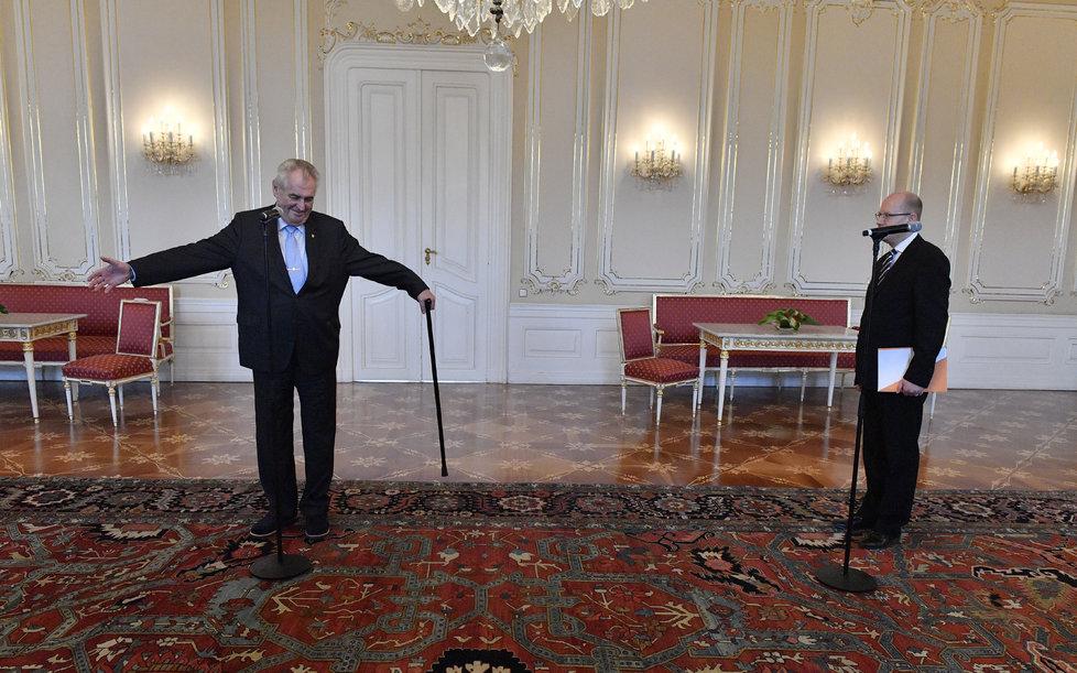 Prezident Miloš Zeman a premiér Bohuslav Sobotka na Hradě