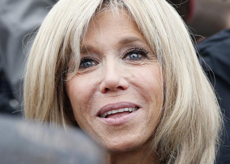 Macronova manželka Brigitte Trogneux.