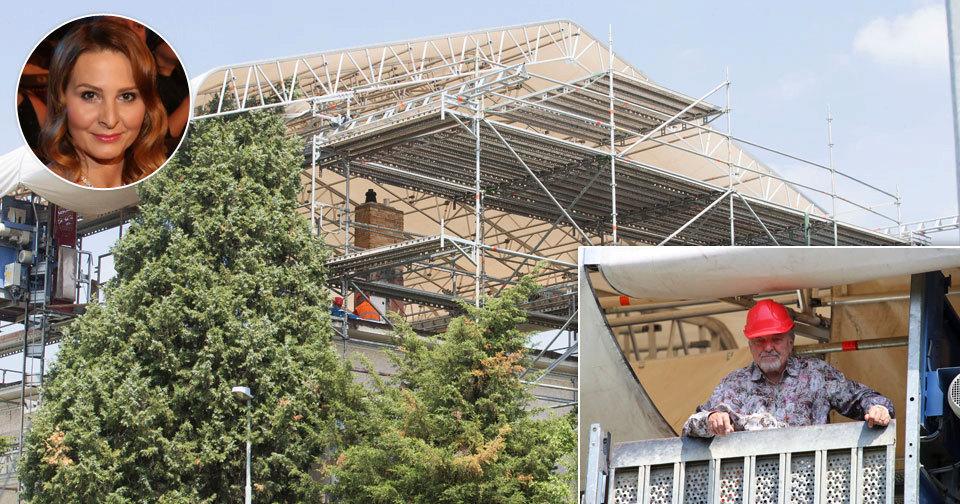 Gottovi opravuje střechu vily firma specializující se na záchodky! Našla ji Ivana.