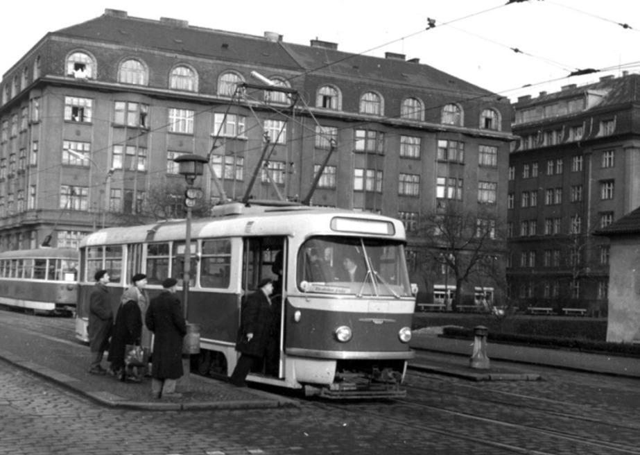 T3 v roce 1961, kdy ji teprve testovali. V roce 1962 už poprvé svezla cestující.