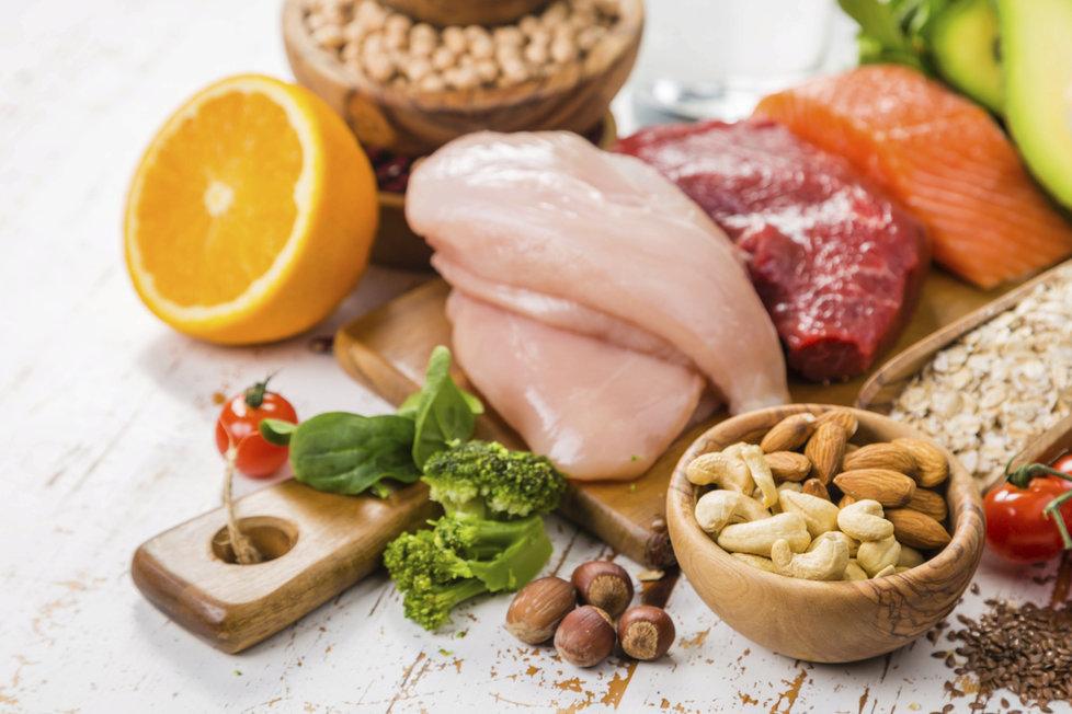 Jídlo dokáže tělo zklidnit nebo naopak povzbudit.