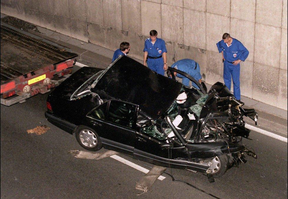 Auto, ve kterém zemřela Diana.