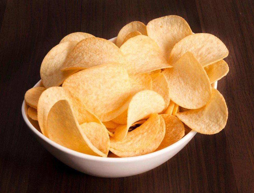 Že chipsy nejsou nic zdravého, asi nikoho nepřekvapí.