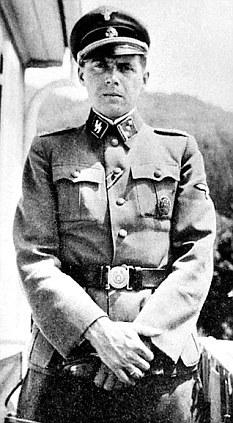 Josef Mengele prováděl na Židech pokusy.