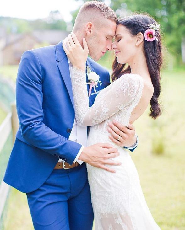 Zamilovaný novomanželksý pár Kadeřábkových