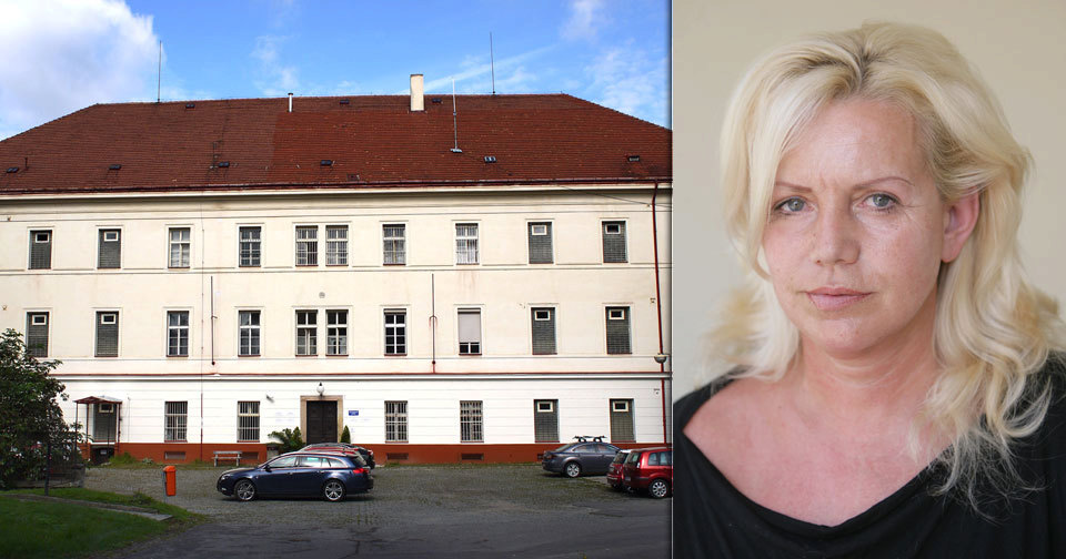 Manželka Jiřího Krampola (78) Hana (56) skončila na psychiatrii! Kvůli koktejlu z prášků a chlastu.