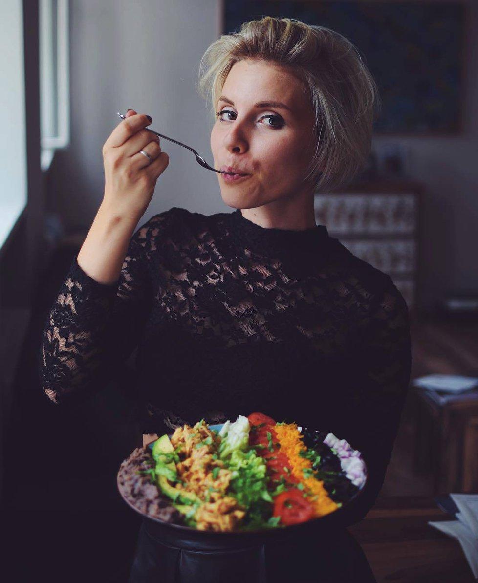 Cukrfree blogerka Janina Černá vyhrála boj s anorexií a bulimií